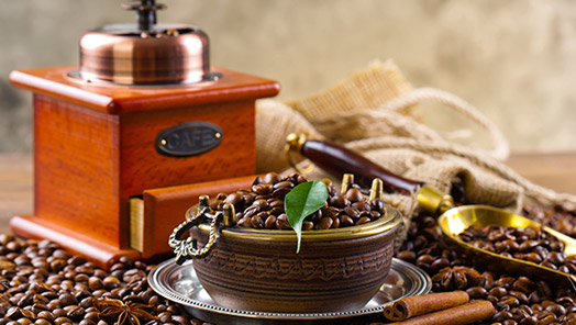 Coffee grinder and ground coffee for different ways of making coffee